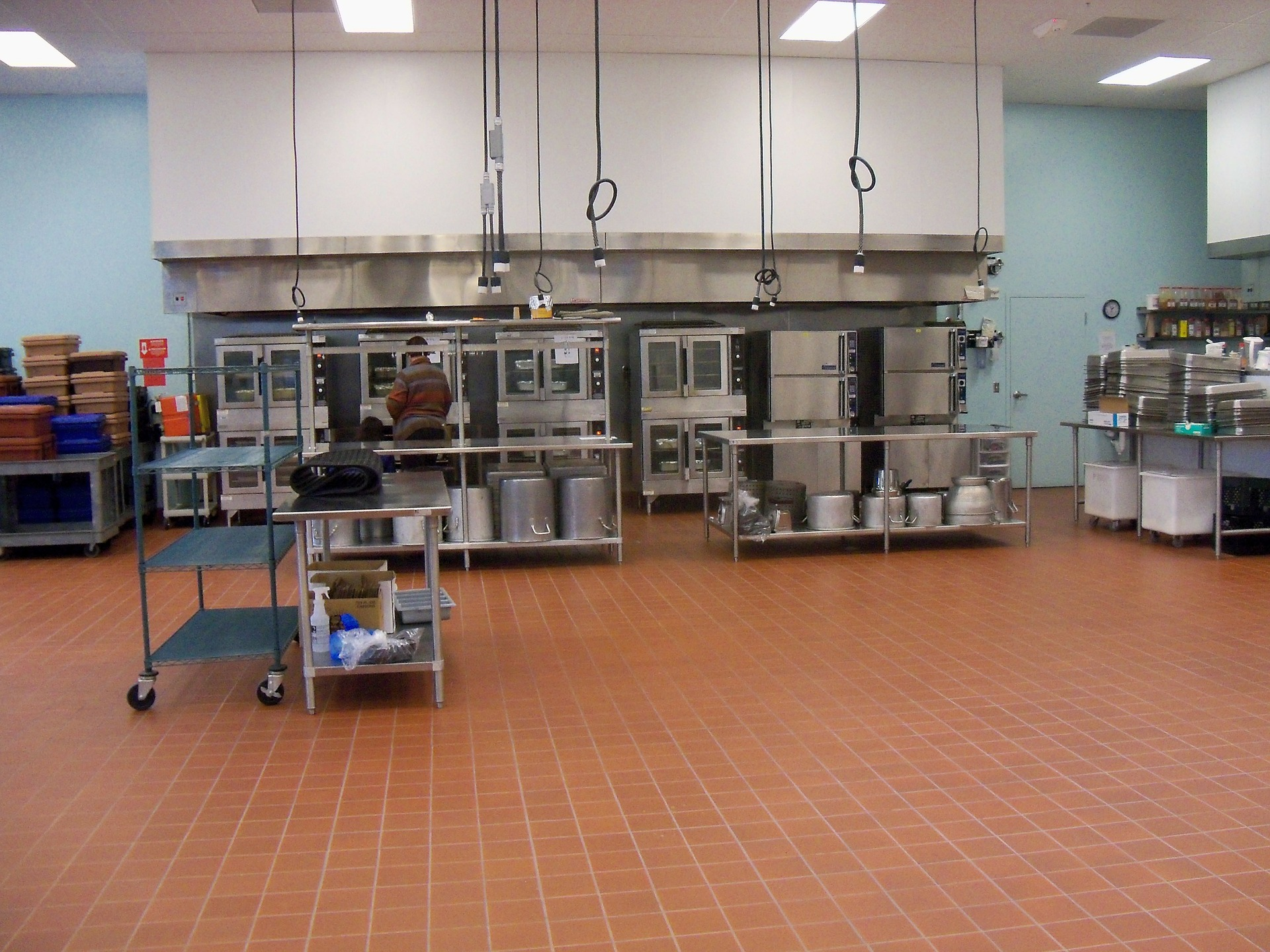 commercial kitchen needs Houston commercial plumber to service grease trap